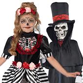 Disfraces de esqueletos y muerte