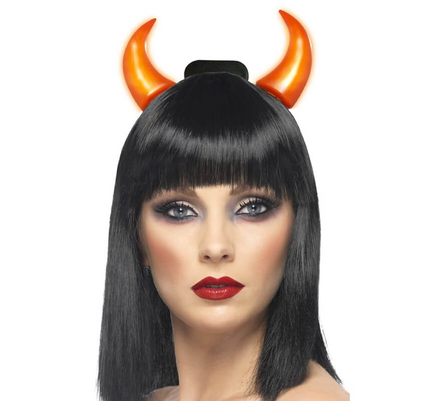 Cuernos De Diabla Con Luz - Como-maquillar-a-una-diabla