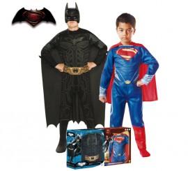 Disfraz Batman y Superman 2x1 en caja para niño