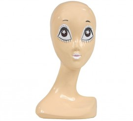 Cabeza de maniquí con ojos blancos