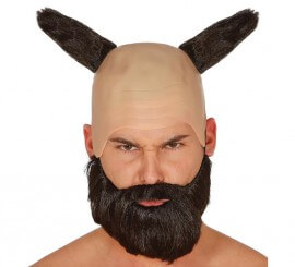 Calva de demonio con cuernos de pelo y barba