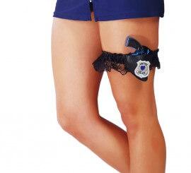 Liga con Pistola de Policía