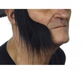 Patillas anchas con pelo negro